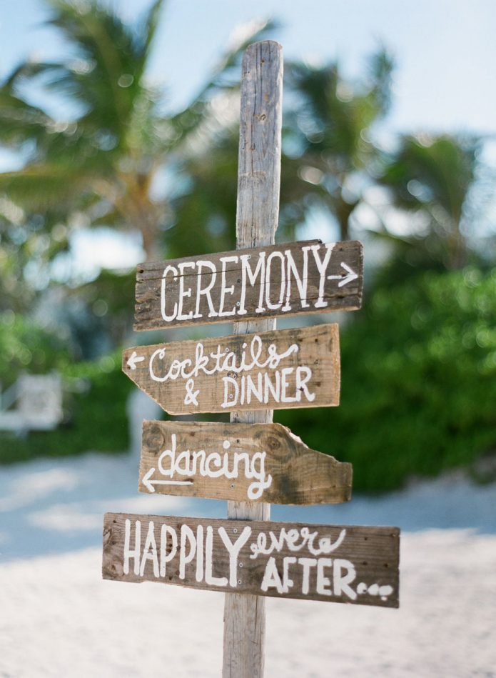 beach-wedding-sign