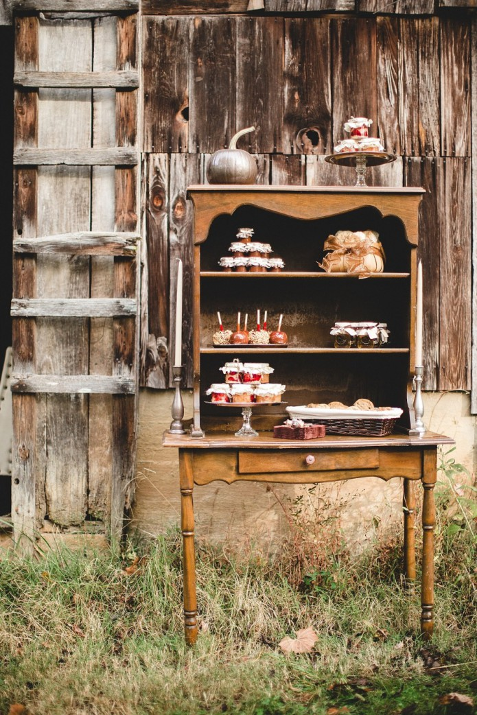 fall rustic sweet table