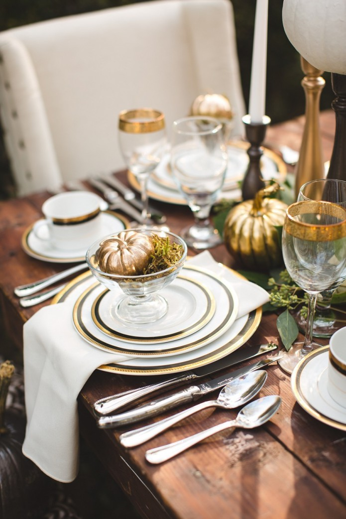 gold and cream fall tablescape