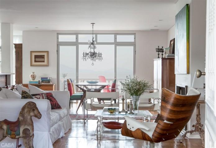 modern vintage livingroom