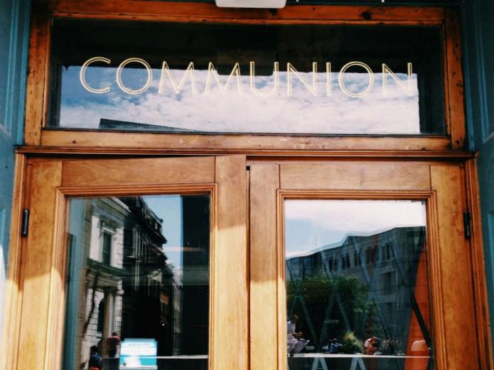 restaurant Communion_front door