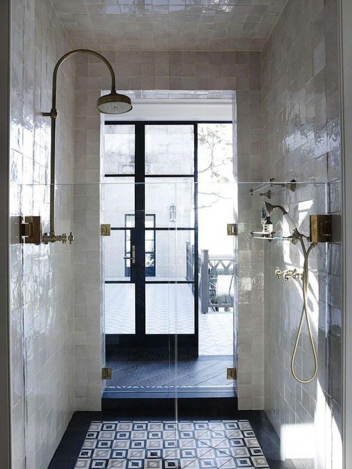 salle de bain en blanc et noir-4
