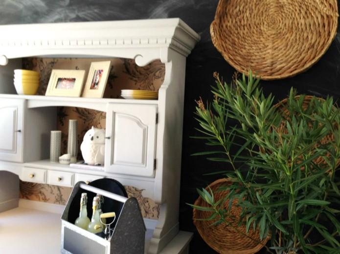 Sauvez les meubles archives damask dentelle blog for Meuble rustique montreal