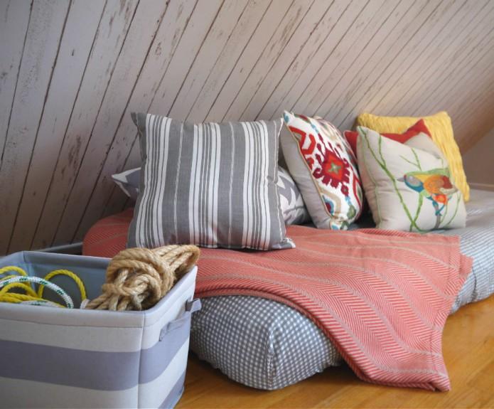 treehouse_bedroom