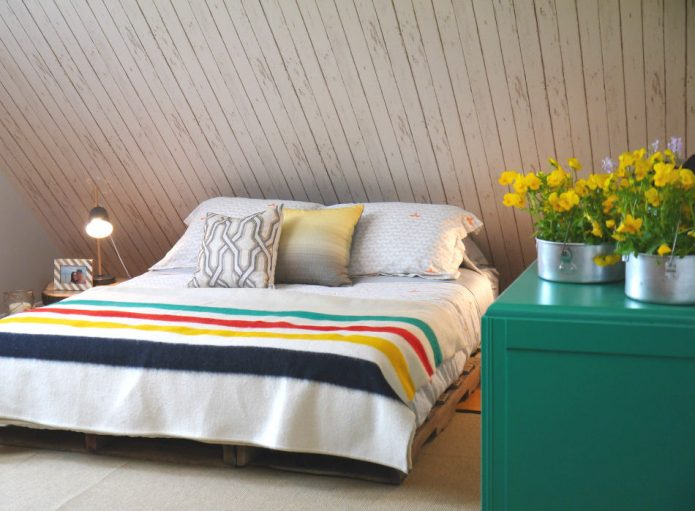 treehouse_bedroom.2