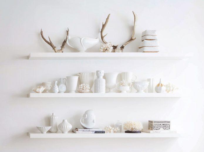 white pottery vignette