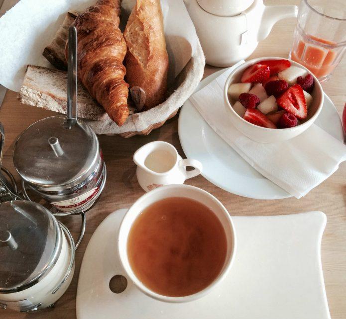 Parisian_breakfast