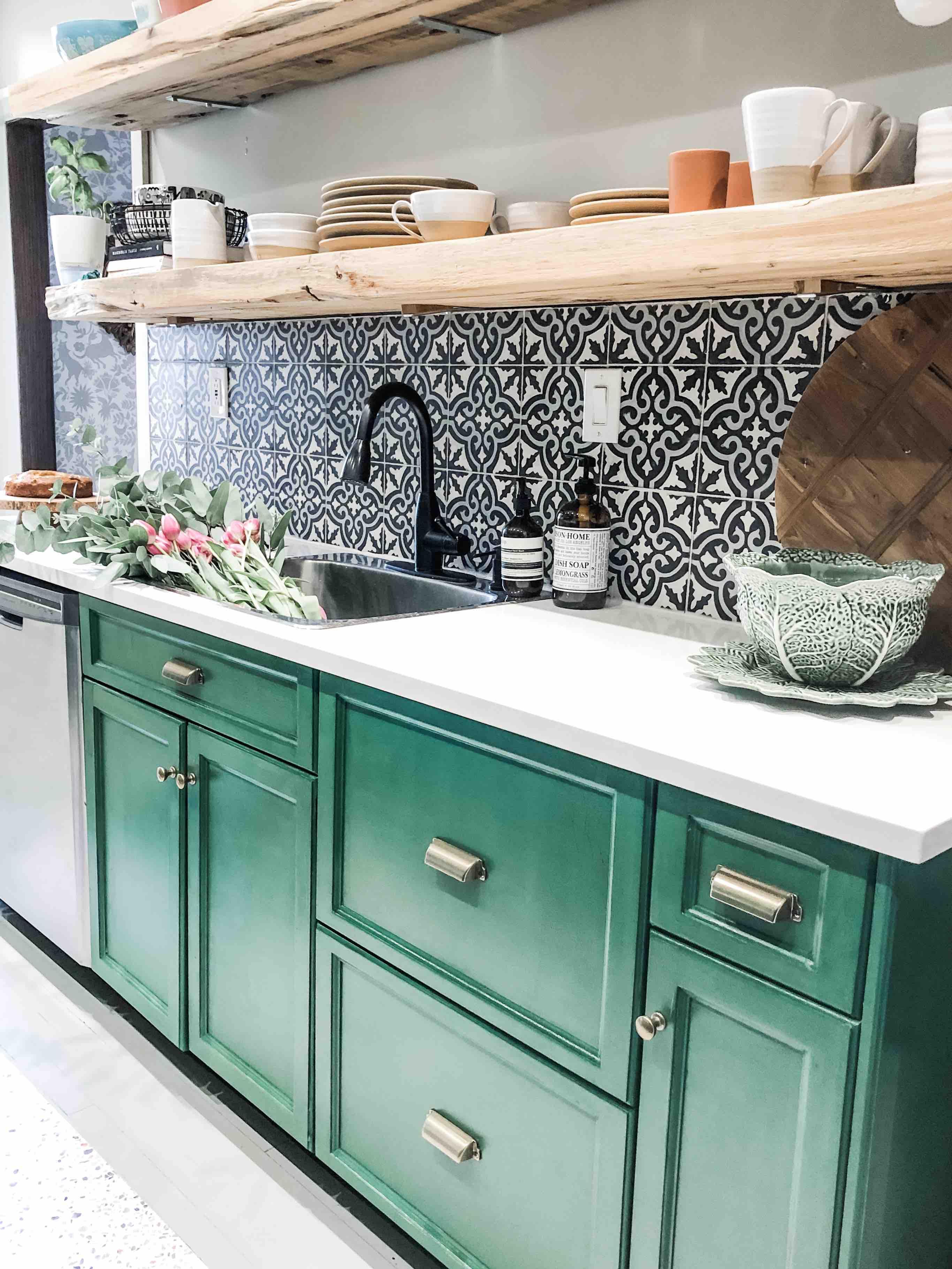 Comment Peindre De La Dentelle my kitchen makeover with the behr® chalk decorative paint