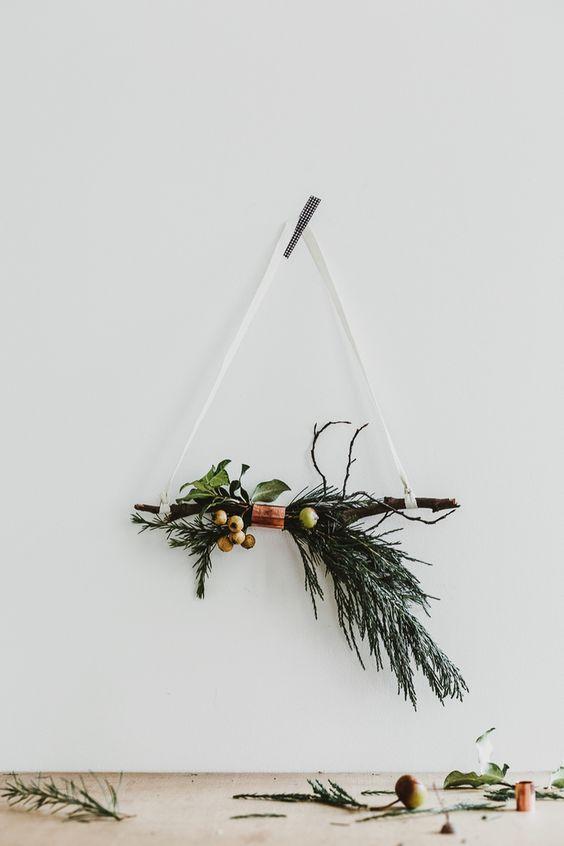 couronne de noël, temps des fêtes, triangle, sapin