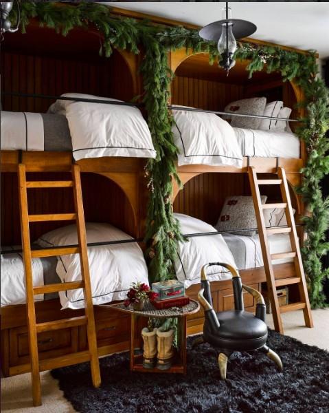 festive-bunk-beds-at-elle-decor