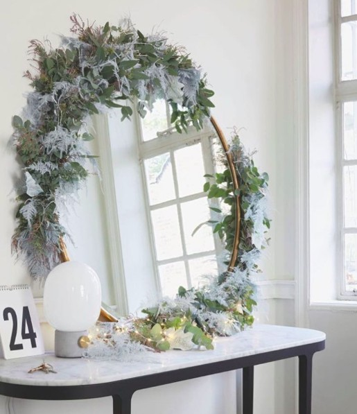 21 best christmas decors on instagram interior design for Best home decor instagram