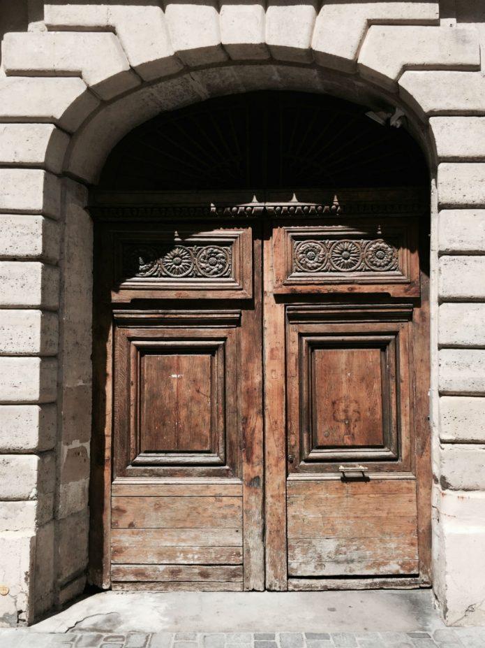 paris_door_2