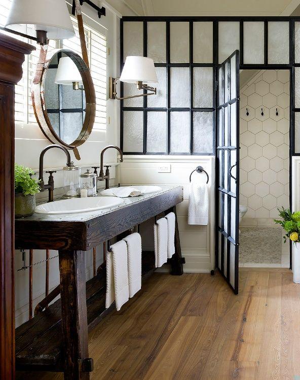 salle de bain en blanc et noir-3