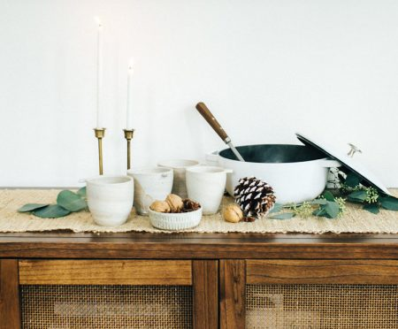 Entertain: A Simple and Fresh Tablescape for the Holidays